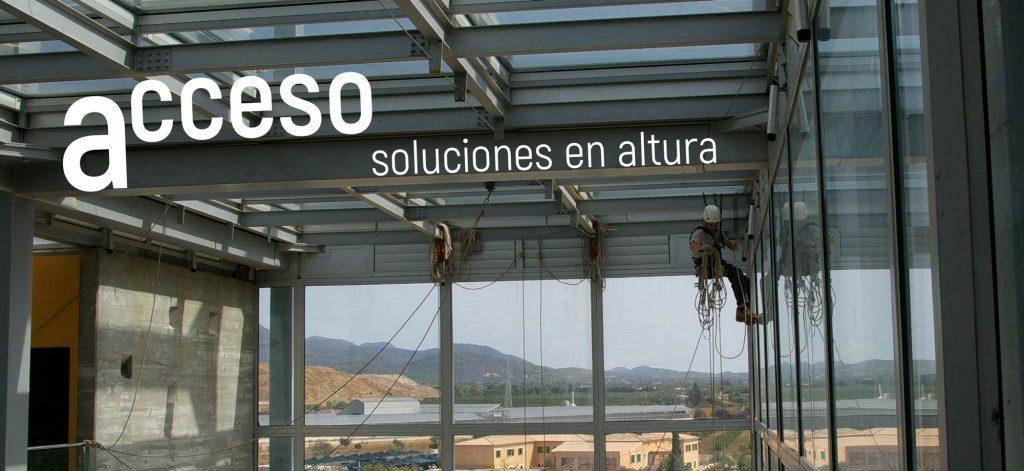 Acceso soluciones en altura trabajos verticales en palma de mallorca - Trabajos verticales en palma ...